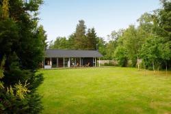 Three-Bedroom Holiday home in Frederiksværk 2,  3300, Melby