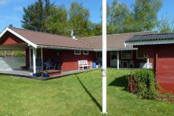 Two-Bedroom Holiday home in Ålbæk 4,  9982, Rannerød