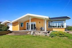 Three-Bedroom Holiday home in Ebberup 1,  5631, Helnæs By