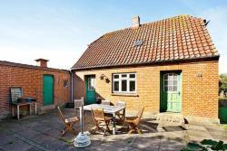 Three-Bedroom Holiday home in Struer 6,  7600, Venø By