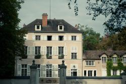Le Chateau De La Vierge, 144 Route De Chartres, 91440, Bures-sur-Yvette