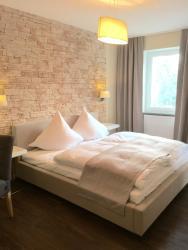 Hotel Achilles, Abstäberhof 9, 66459, Kirkel
