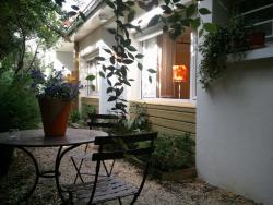 Chambre D'Hotes Au Coquelicot, 13, Rue Micky Barange, 69510, Soucieu-en-Jarrest