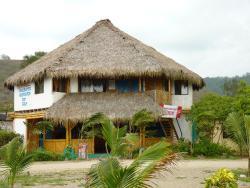 Wipeout Cabaña Restaurant, Las Tunas, frente al mar, EC131950, Las Tunas