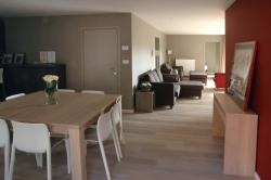 Apartment Froidure, Oude Houtmarktstraat 2A2A, 8900, Ieper