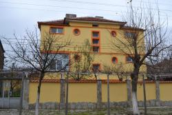 Marinovata Kashta Guest House, 14 Paisii Str., 9850, Veliki Preslav