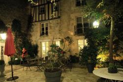Côté Jardin - Chambres d'hôtes, 25, rue vieille de Paris, 60300, Senlis