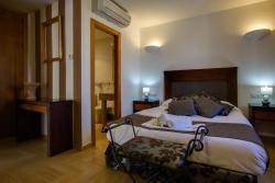 Hotel Rural Puerto Mágina, Carretera Torres - Albánchez, km. 3, 23540, Torres