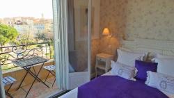 Hotel Relais Du Postillon, 8 Rue Championnet, 06600, Antibes