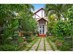 Botanic Garden Homestay, 8 Tran Quoc Toan Street,  Hoi An