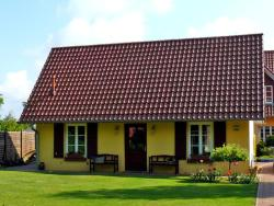 Holiday Home An den Linden, Lange Str. 23a, 17209, Vipperow