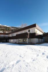 B&B Petit Sport, Route de Grenoble n/n, 05240, La Salle Les Alpes