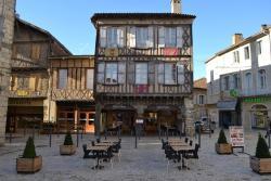 Café de France, 2 Place de l'Armagnac, 32800, Eauze