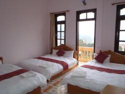 Sapa Hotel Travel, 17 Thac Bac,, Sa Pa