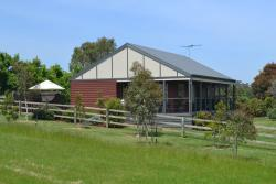 Ripplebrook Cottages, 1855 Westernport Road, 3818, Heath Hill