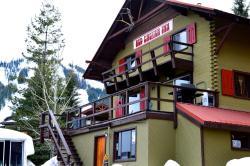 Red Shutter Inn, 4420 Red Mountain Road, V0G 1Y0, Rossland