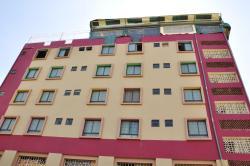 Fort Hall Hotel, Nyeri Highway, Nairobi, 01020, Gitura