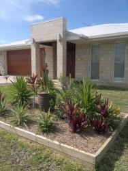 Holiday Home Whitsunday Magic, 33 Nautilus Street, 4805, Bowen