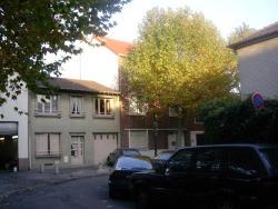 Appartements Parisiens, 9 Rue Vincent Palaric, 93400, Saint-Ouen