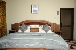 Mount Pleasant Inns & Apartments, P.O.Box 1499,, Obosomasi