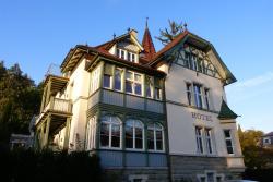 Hotel Garni Villa Rosengarten, Bahnhofstr. 12, 88662, 于伯林根