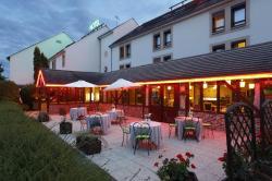 Inter-Hotel Ikar Blois Sud, 320 Rue De La Fédération, 41350, Saint-Gervais-la-Forêt