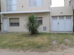 Pablos House, Calle 539 numero 202, 7631, Quequén