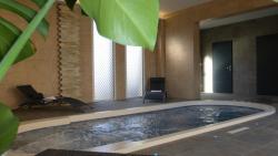 Hôtel Ariane & SPA, 50 Boulevard Clémenceau, 50170, Pontorson