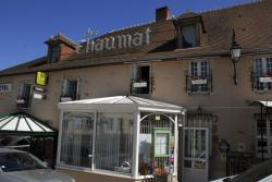 Hotel Chez Chaumat, Place Peron, 03350, Cérilly