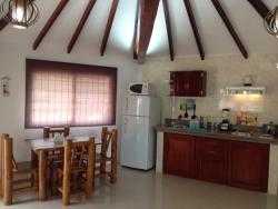 Cabaña Suite Villa del Mar, San José, Carretera principal a 10 minutos de Montañita., 090150, Olón