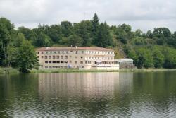 Inter-Hotel Le Moulin Neuf, Au Bord Du Lac, 85110, Chantonnay