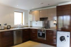 Southampton Serviced Apartments, 136 Bassett Avenue, SO16 7EZ, Southampton