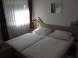 Hotel Maifelder Hof, Polcher Str. 72, 56727, Mayen