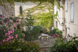 Manoir de Champvert, 51 route de Paîolive, 07140, Les Vans
