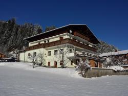 Gästehaus Hauser, Kraichen 64a, 6653, Bach