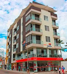 Hotel Guaitipan Plaza, Carrera 3 con Calle 3 esquina Parque de la Presentación, 417030, Pitalito