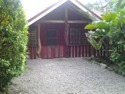 Villa Natural, Playa Grande de Cahuita, entre Suizo Loco Hotel y Magallen Inn, 70403, Cahuita