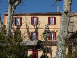 Auberge de Correns, 34 Place du Général de Gaulle, 83570, Correns