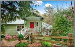 Highland Cottage, 24 Highland St, 2780, 卢拉