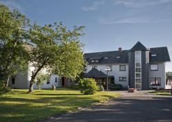 Landhotel Karrenberg, Straßheck 3, 55481, Kirchberg