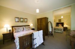 Foxgloves B&B, 21 Loch Street, 3747, Beechworth