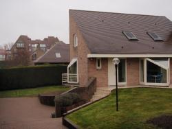 Home With Pool Oostduinkerke, Reginalaan 6, 8670, Остдёйнкерке