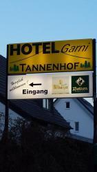 Hotel Tannenhof, Pfingsgraben 11, 41069, Mönchengladbach