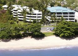 Roydon Beachfront Apartments, 83-87 Vasey Esplanade, 4879, 三一海滩