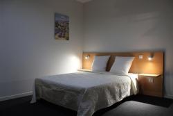 Hotel Foz, 75 Avenue Pierre Brossolette, 94000, Créteil