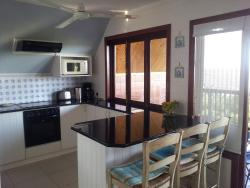 Sun Sea Dream House, c/o Prince Henry Avenue and David Livingston Drive, Palm Beach, 4275, Palm Beach