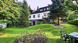 Ferienwohnungen Casa Ri(e)sig, Drosselweg 12, 54340, Leiwen
