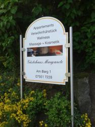 Gästehaus Margarete, Am Berg 1, 88696, Owingen