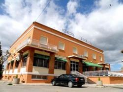 Hostal Ezequiel, La Serna, 14, 31210, Los Arcos