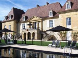 Château Les Merles et ses Villas, Tuilières, 24520, Mouleydier